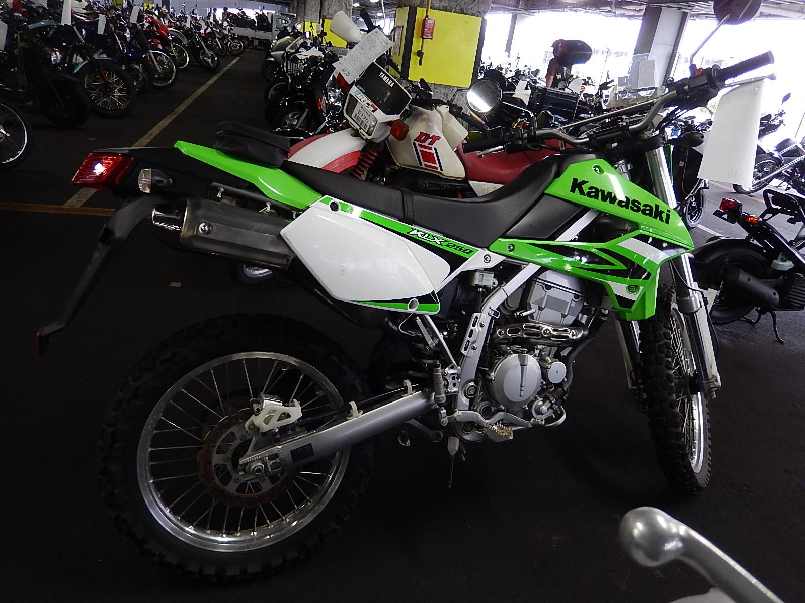 Тест-драйв мотоцикла Kawasaki KLX250
