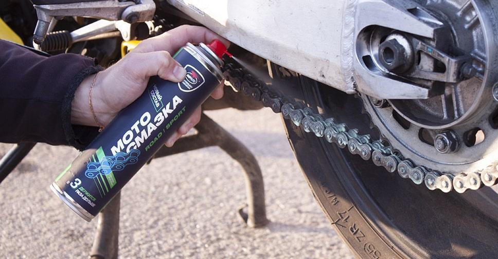 Чистка и смазка цепи мотоцикла