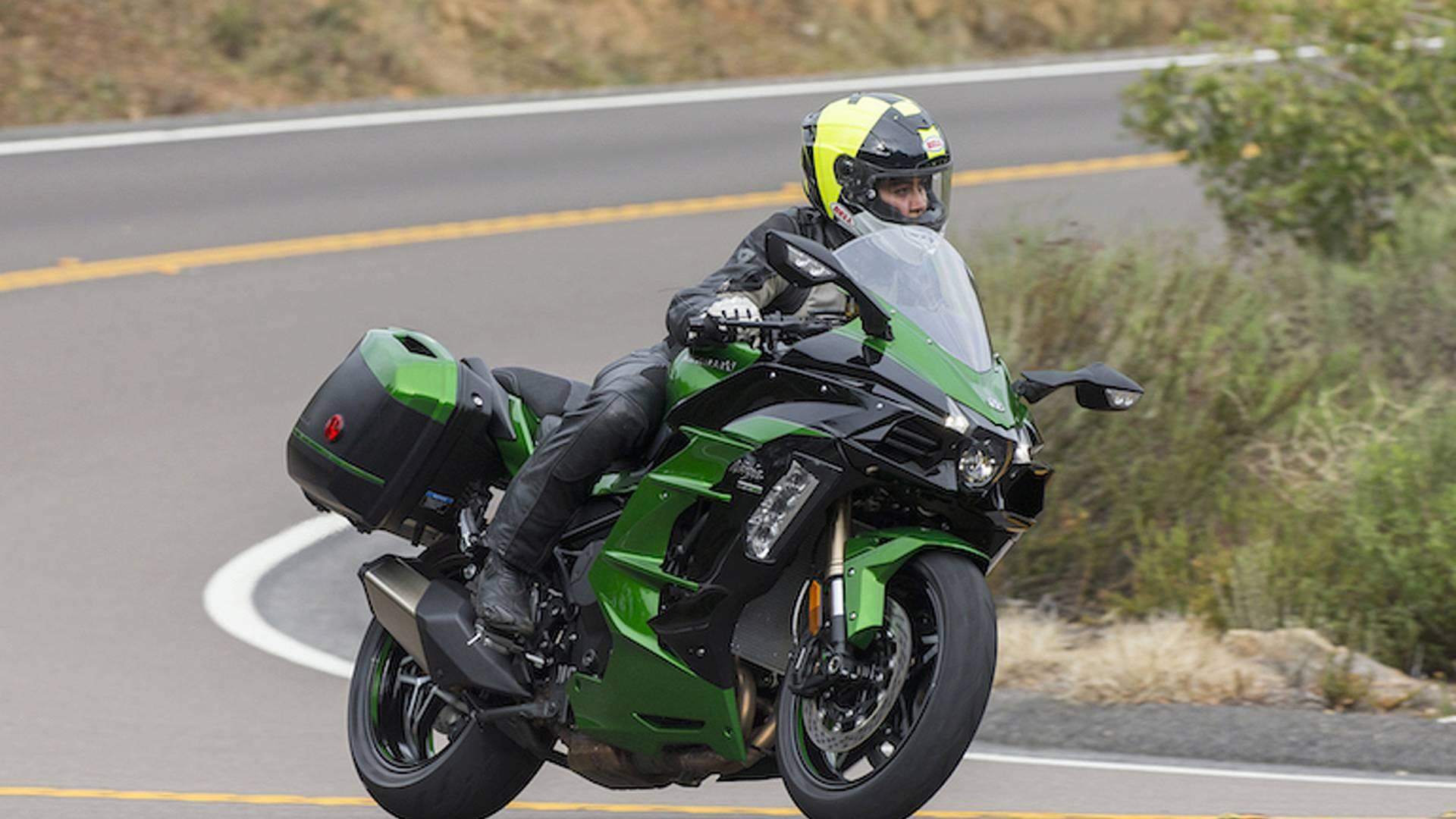 Тест-драйв мотоцикла Kawasaki Z1000SX