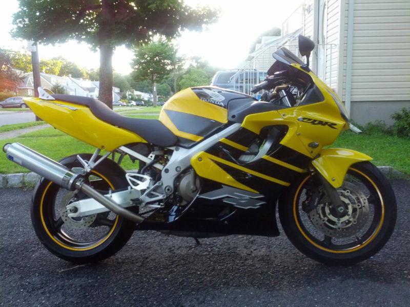 Тест-драйв мотоцикла Honda CBR600F4i