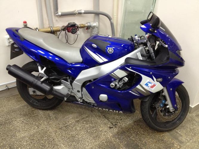 Тест-драйв мотоцикла Yamaha YZF600R Thundercat