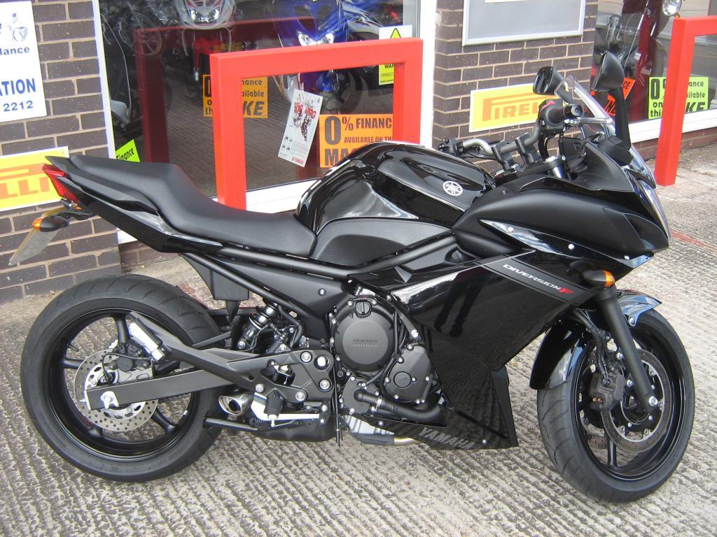 Стильный средне кубаторный мотоцикл — Yamaha Diversion 600
