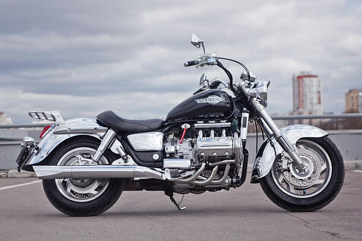 Мотоцикл Honda Valkyrie (Хонда Валькирия) обзор супертяжелого круизера
