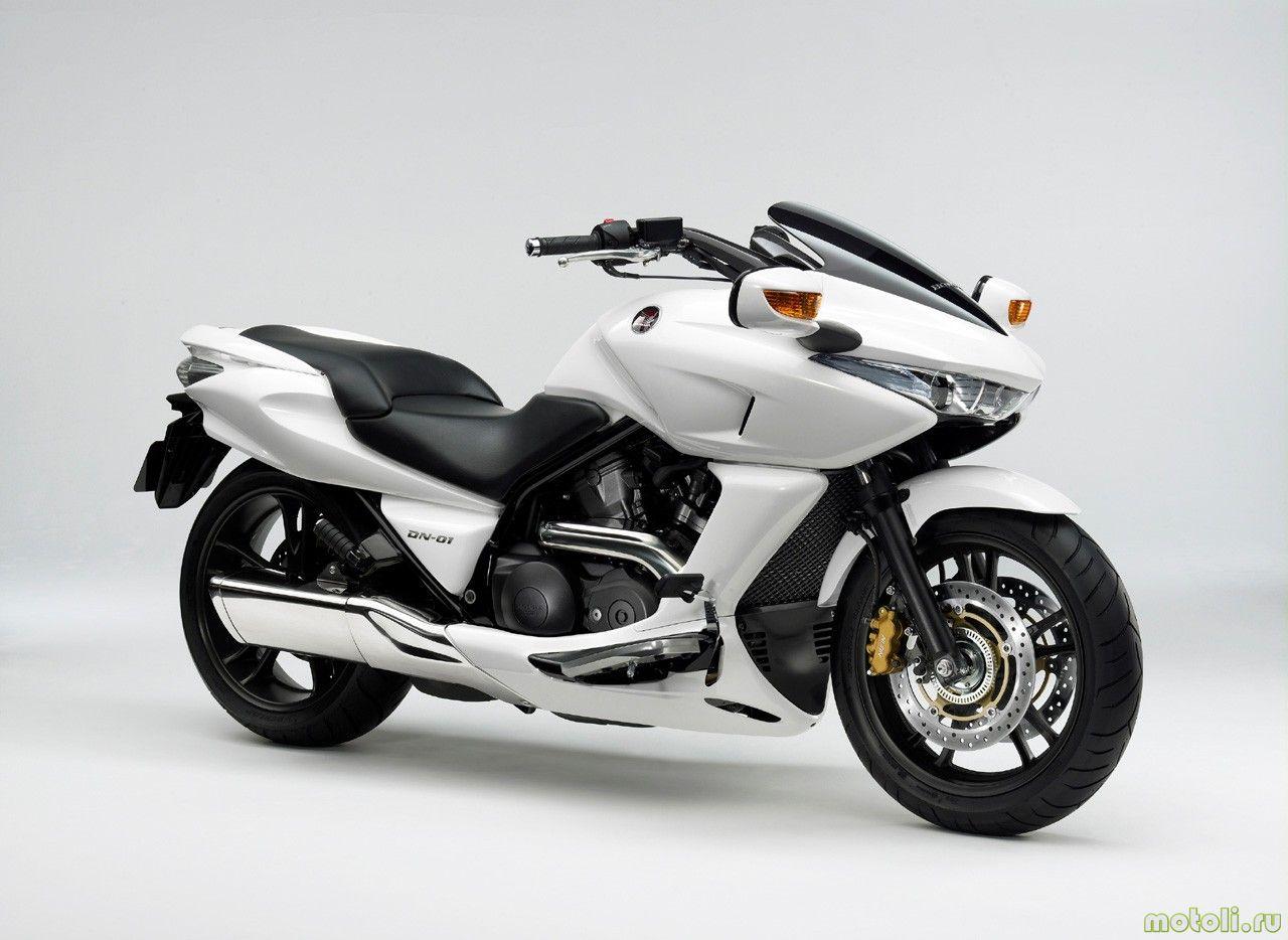 Тест-драйв мотоцикла Honda DN-01