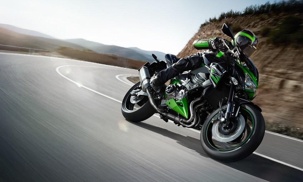 Тест-драйв мотоцикла Kawasaki Z800