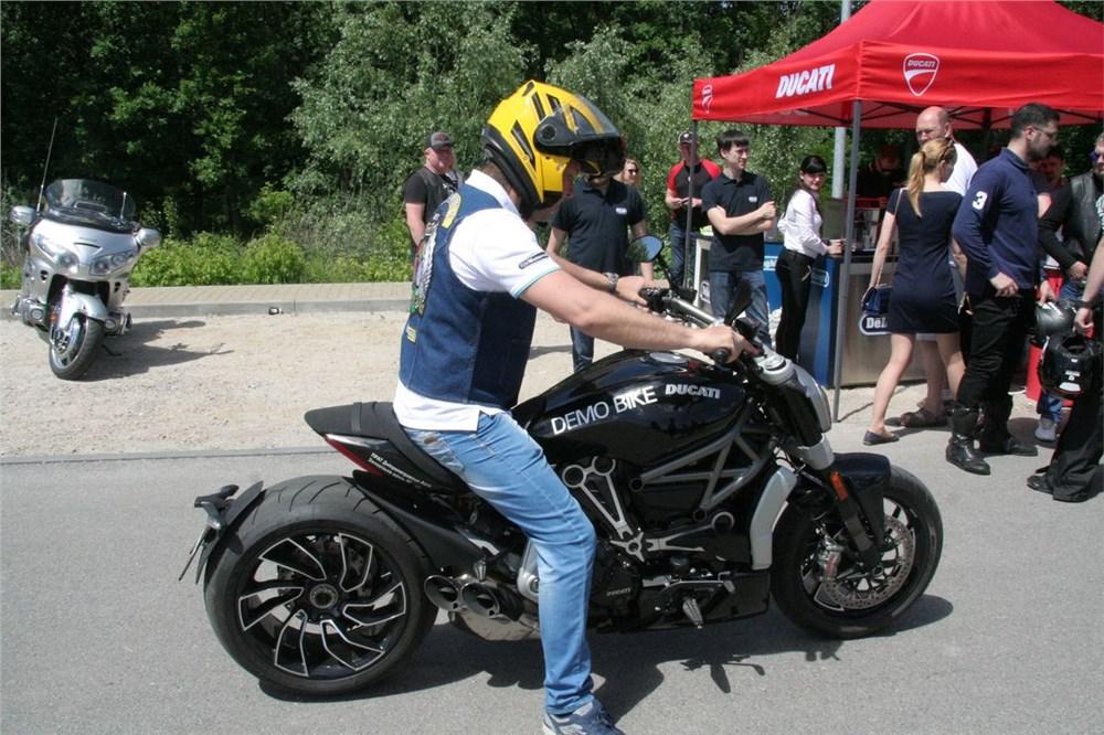 Тест-драйв мотоцикла Yamaha XJR 1300