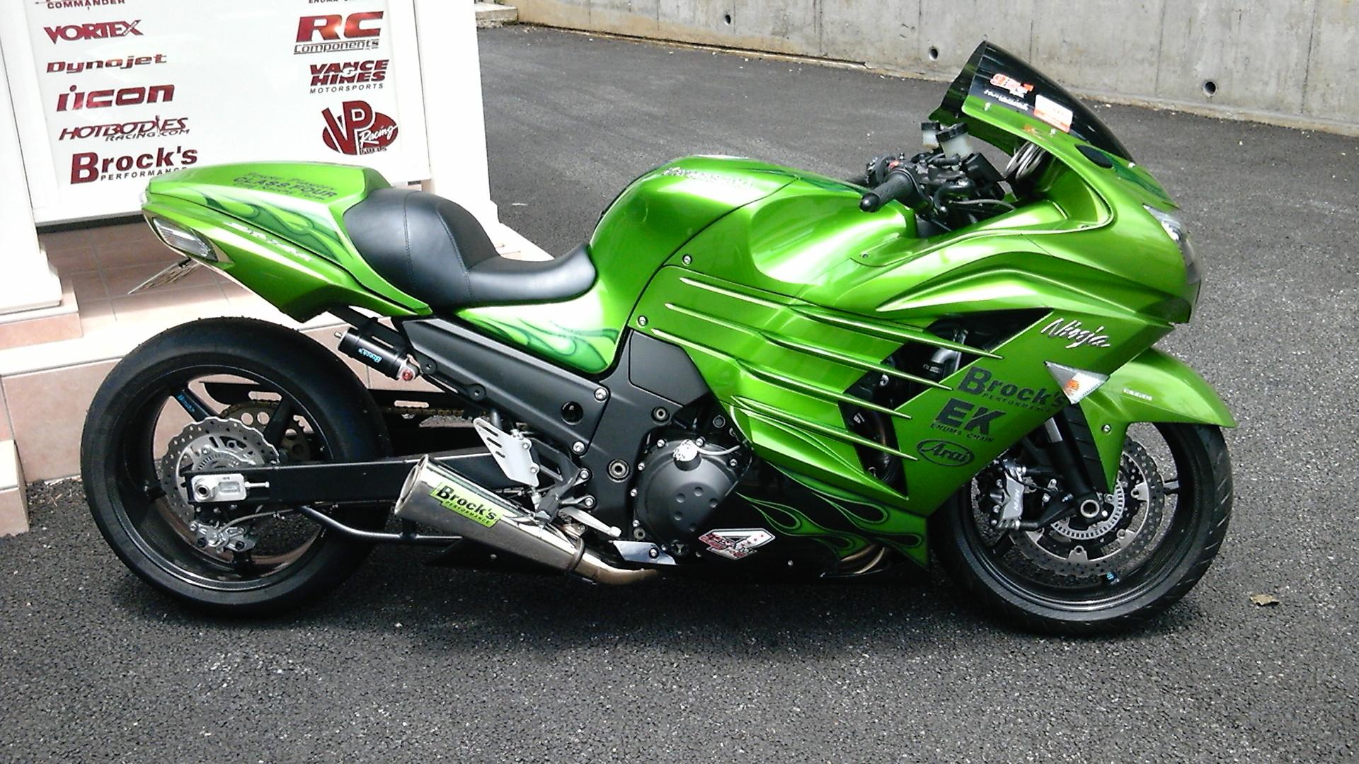 Kawasaki Ninja GPZ 900 R — самый быстрый и самый производительный мотоцикл своего времени