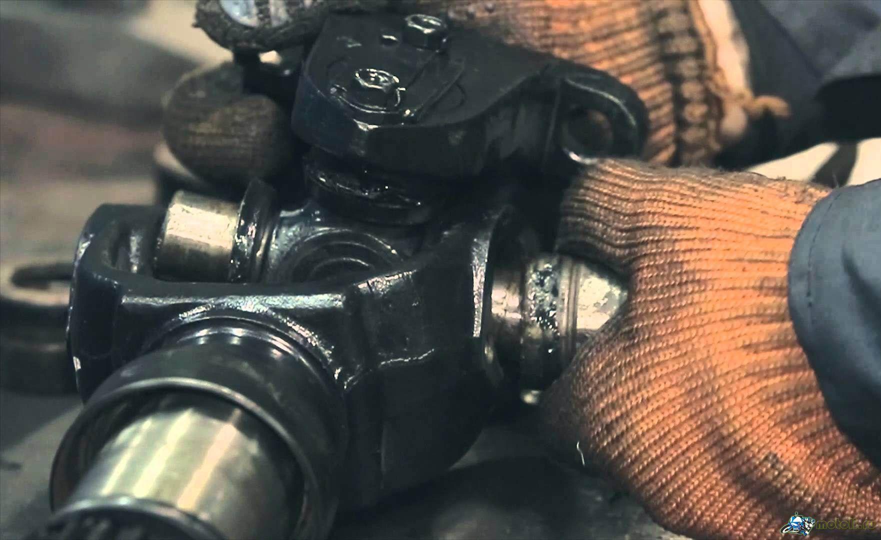 Устраним неисправности карданного вала в