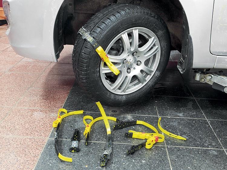 Замена тормозных колодок на квадроцикле: делаем колодки своими руками