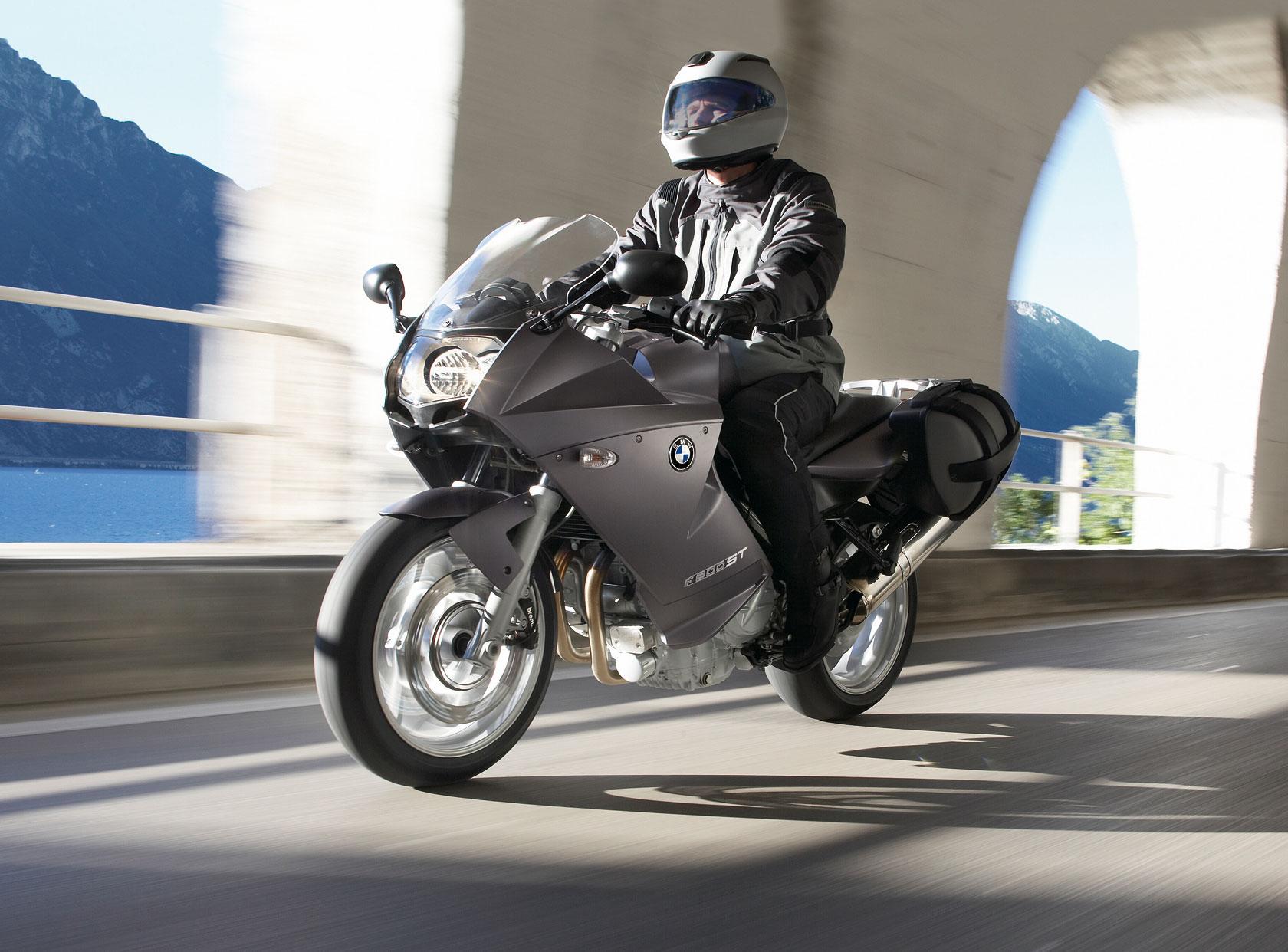Тест-драйв мотоцикла Yamaha TDM900