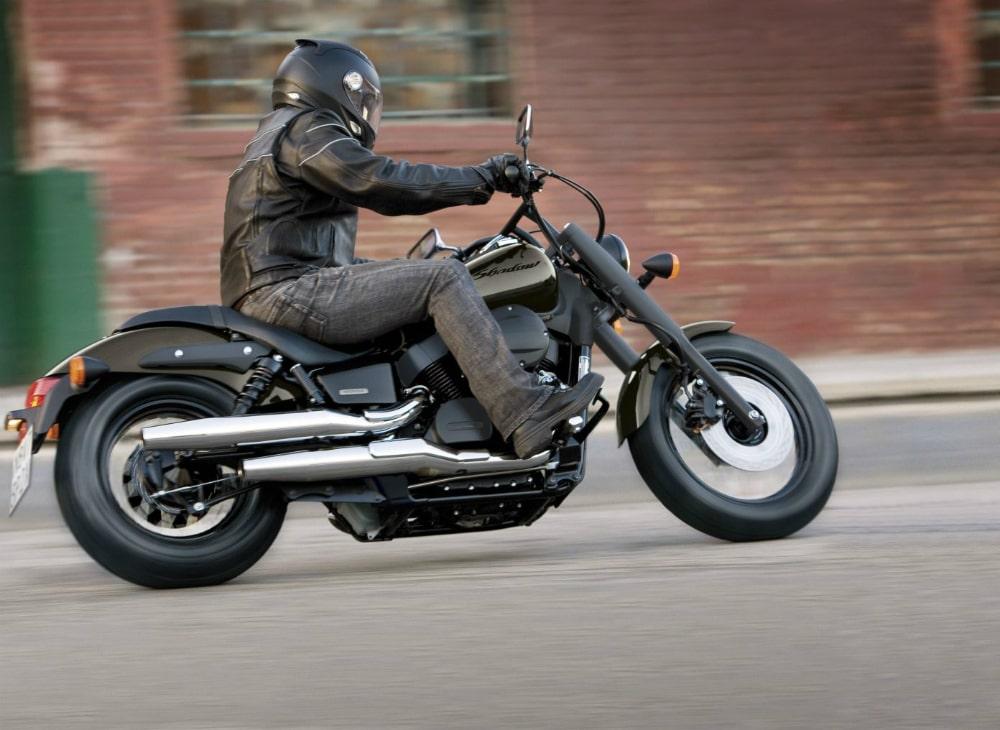 Тест-драйв мотоцикла Suzuki VZ800 Marauder