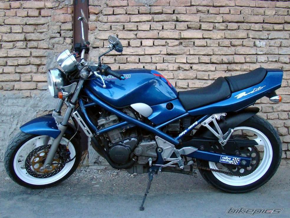 Suzuki Bandit 250: маленький, но злобный