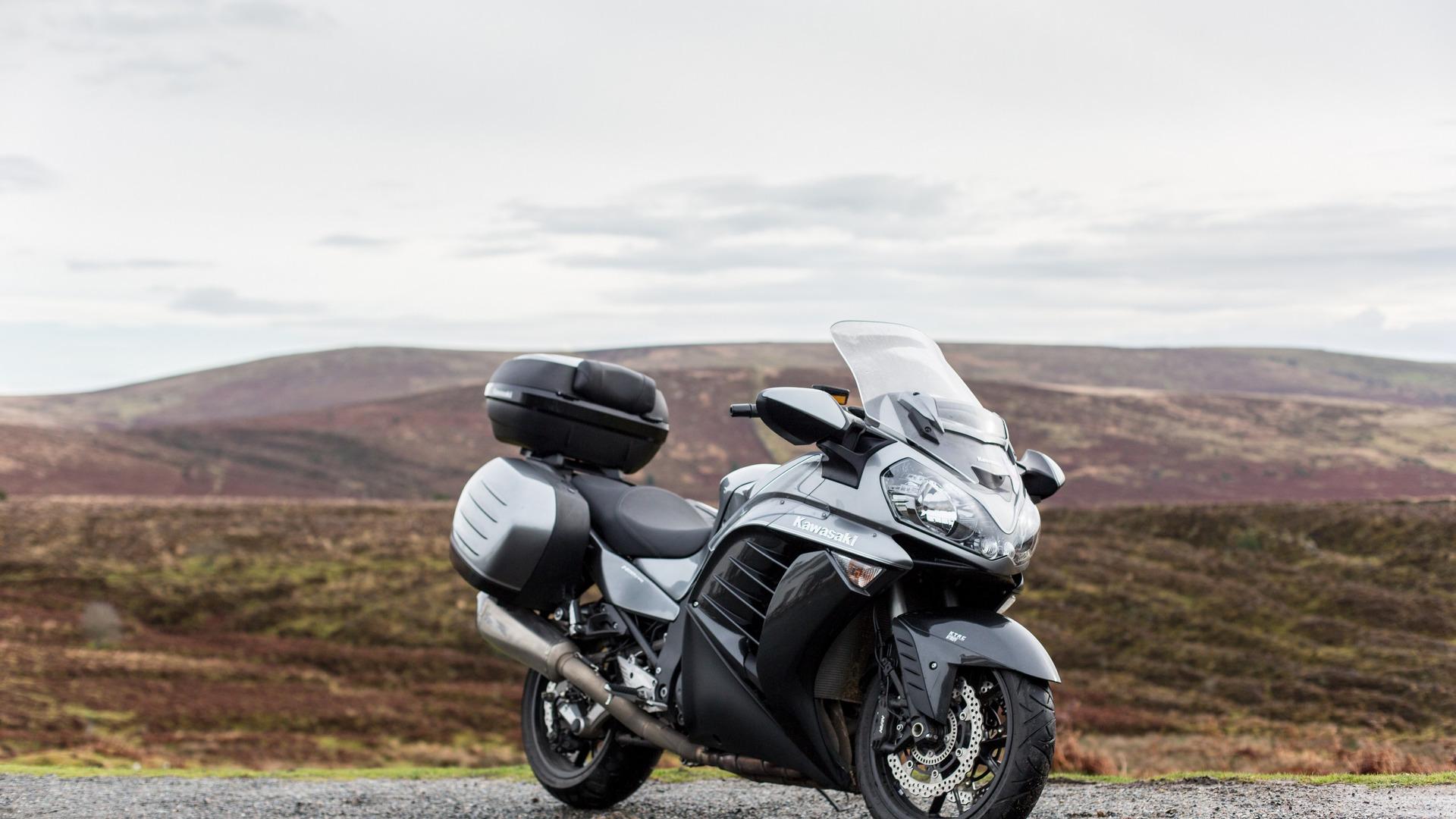 Тест-драйв мотоцикла Yamaha FJR1300