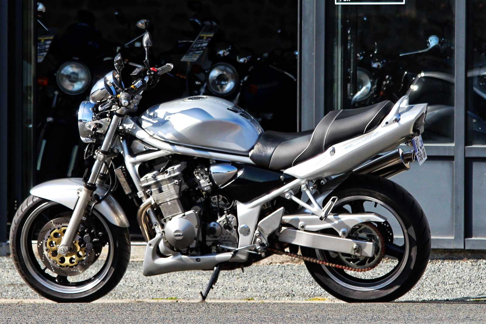 Обзор модели Suzuki Bandit (Сузуки Бандит) 600 (GSF) и его характеристик