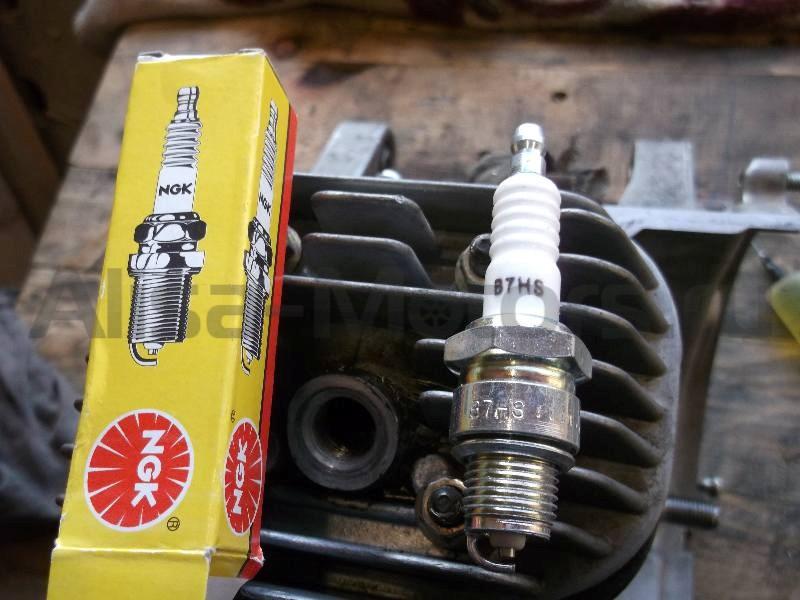 Маркировка и зазор свечей для скутеров Vespa и Piaggio