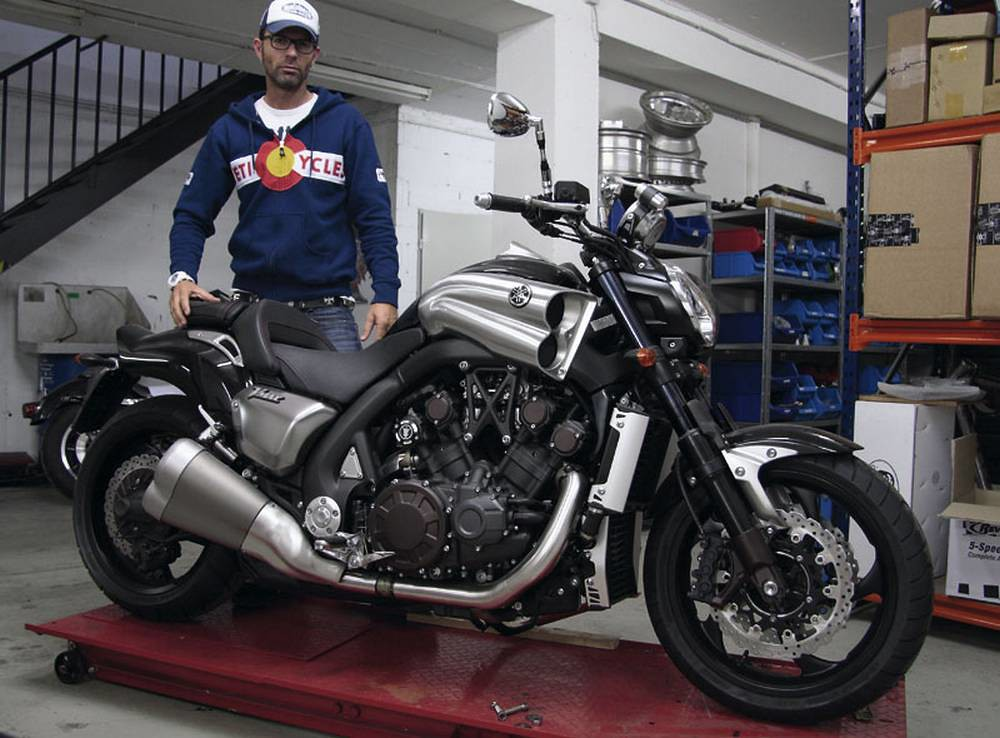 Тест-драйв мотоцикла Honda X4