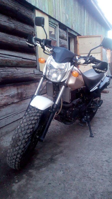 Универсальный боец: мотоцикл Stels Десна 220 Фантом