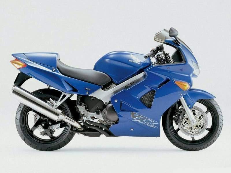 Honda VFR 800 - выбор тех, кто знает толк в супербайках!