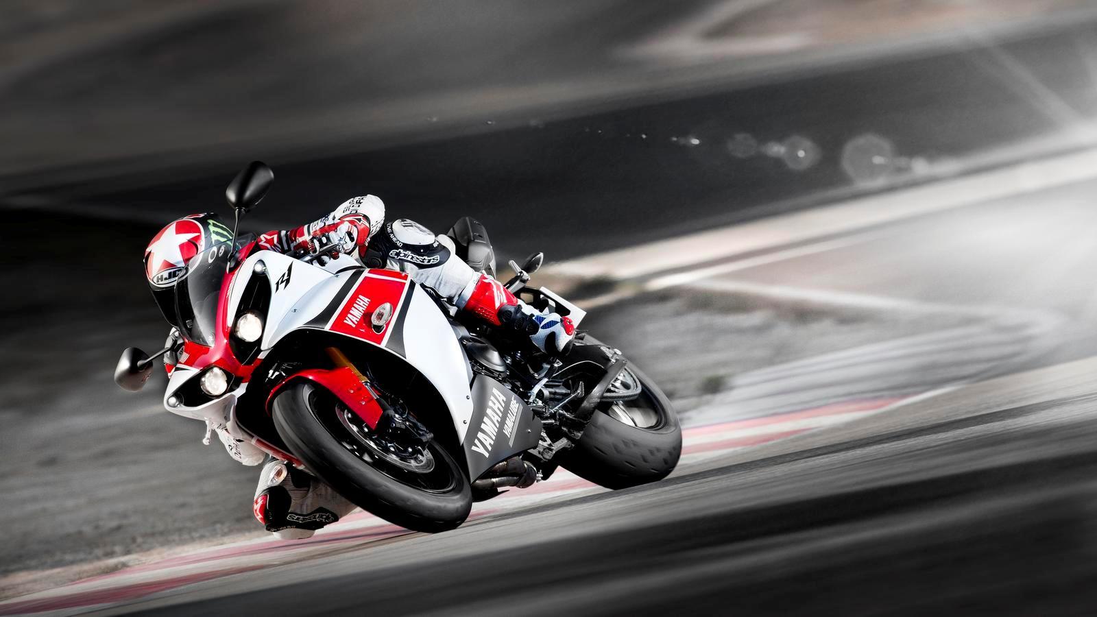Тест-драйв мотоцикла Kawasaki ZX-10R