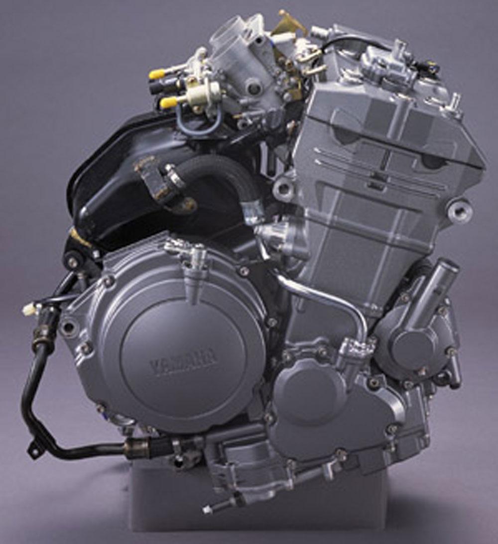 Мотоциклы с объемом двигателя 900 см³
