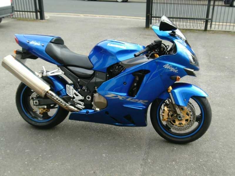 Сравнительный тест: Honda CBR1100XX против Kawasaki Ninja ZX-12R против Suzuki GSX1300R Hayabusa