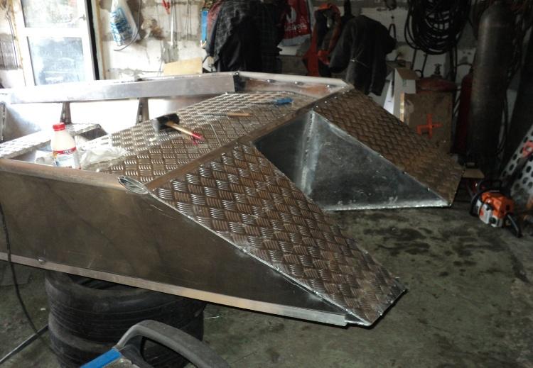 Самодельная алюминиевая рабочая лодка