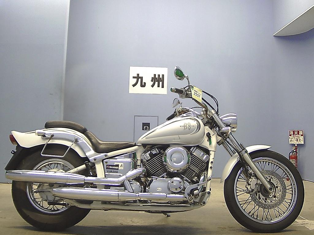 Yamaha Drag Star 400 (XVS 400)