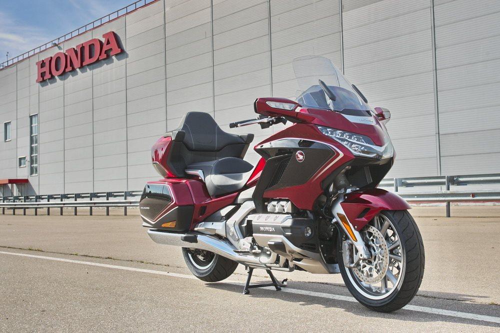 Тест-драйв мотоцикла Honda CTX700