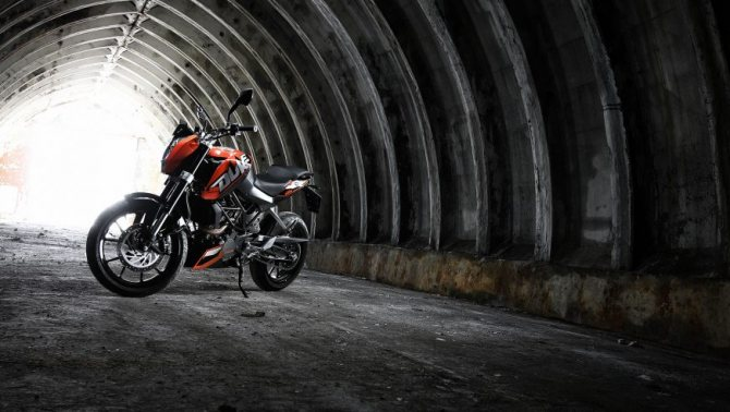 KTM Duke 200: иностранец с австрийскими корнями