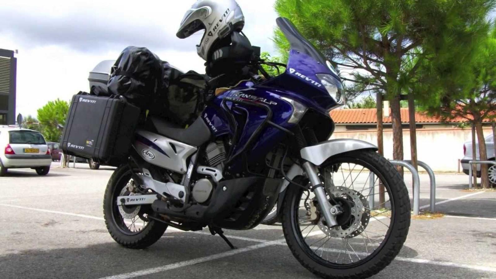 Обзор мотоцикла Honda Transalp (Хонда Трансальп) 650