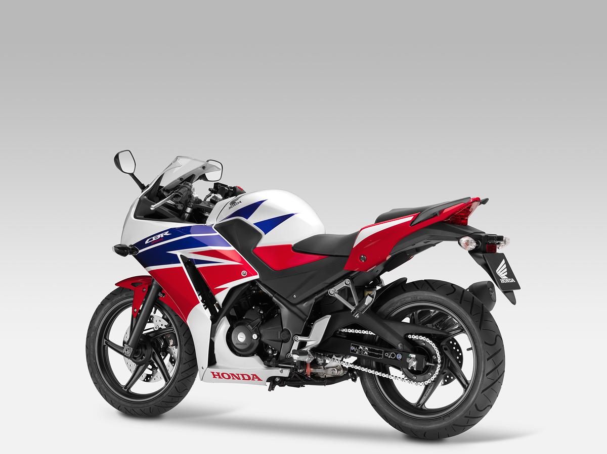 Обзор мотоцикла Honda CBR 300