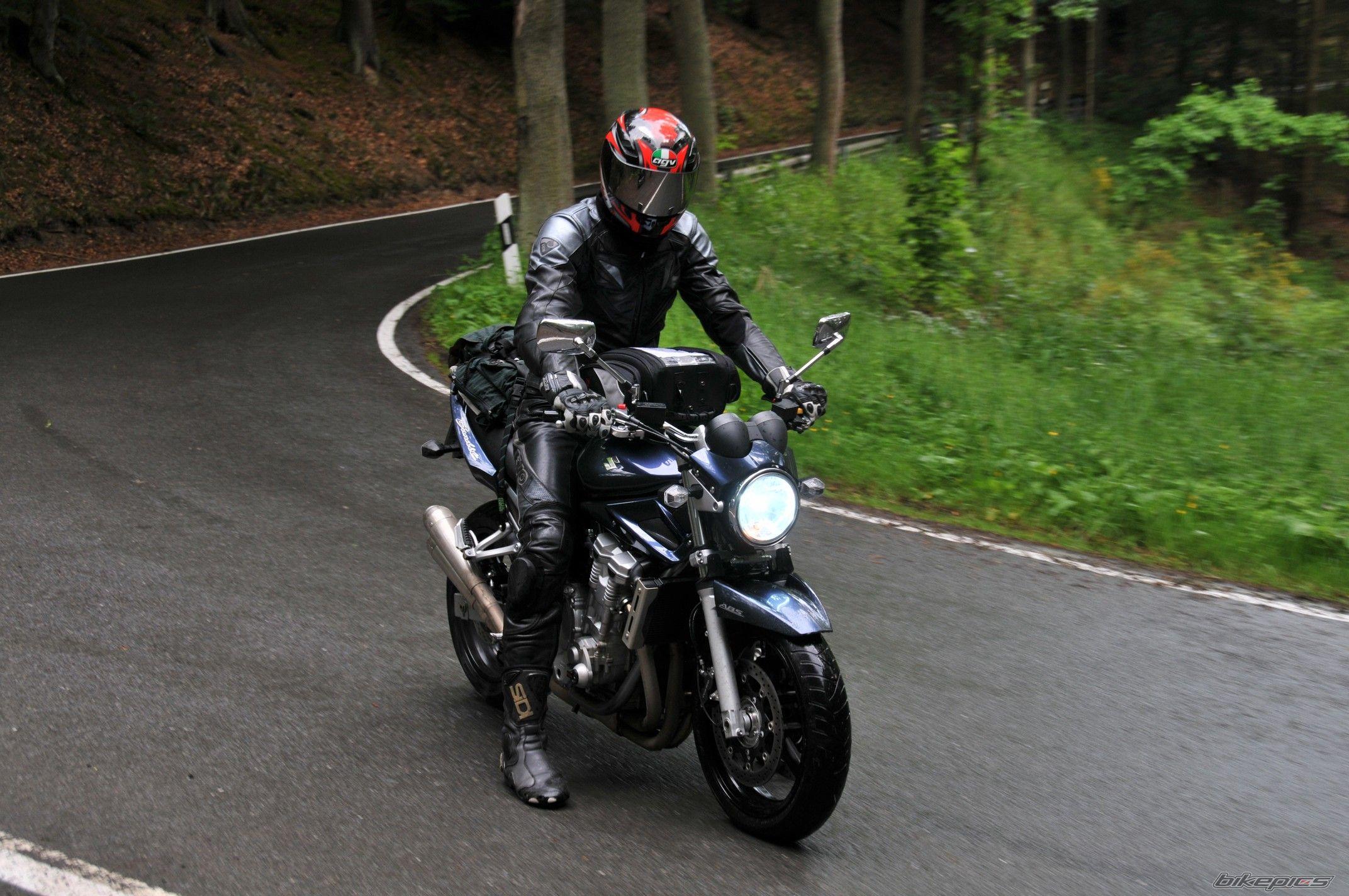 Тест-драйв мотоцикла Suzuki GSF1250 Bandit